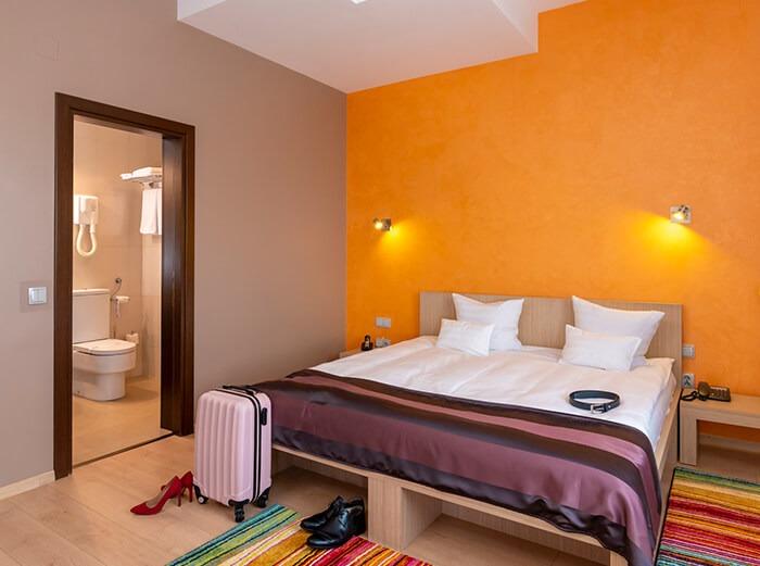 Camera Standard West City Hotel